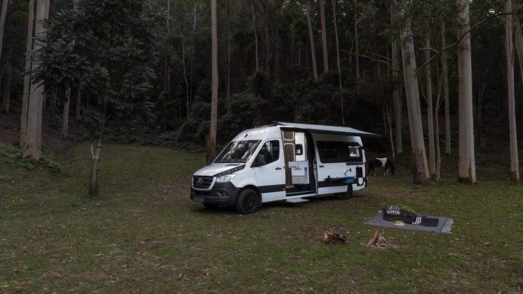 Mercedes-Benz оборудовали двухкамерным холодильником