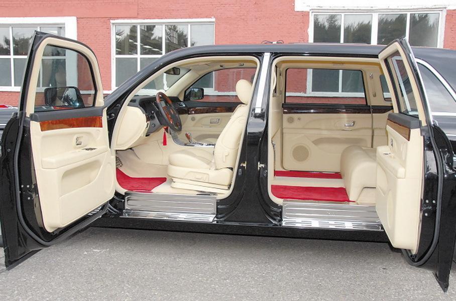 Посмотрите на Aurus по-китайски — новый лимузин лидера КНР
