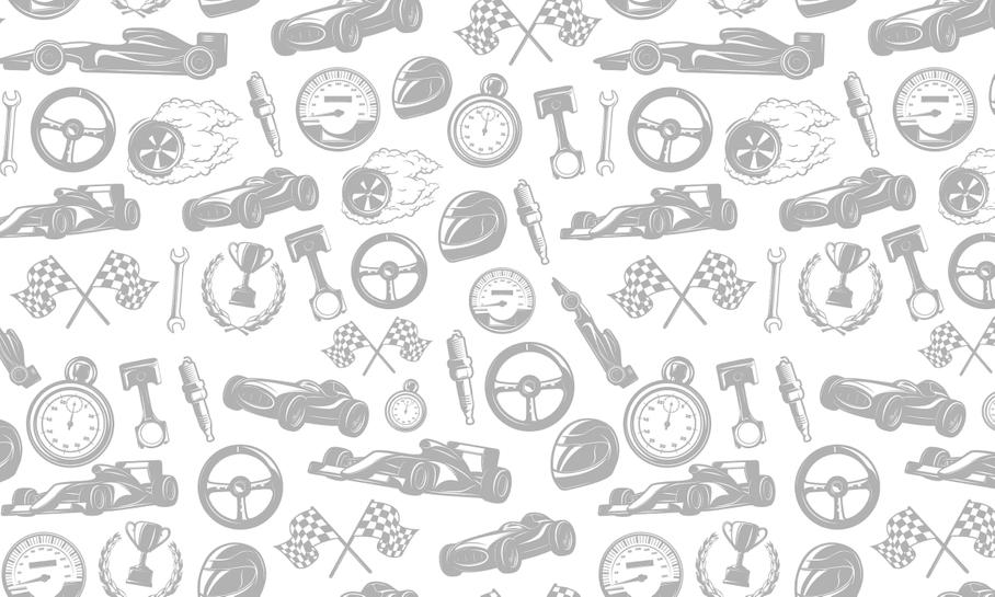 Видео: коллекционный Porsche против суперкара McLaren и трекового Mercedes-AMG