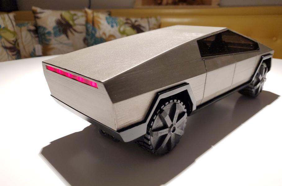 Теперь каждый может распечатать свой пикап Tesla на 3D-принтере