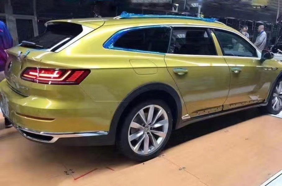 Универсал Volkswagen Arteon: первые фотографии