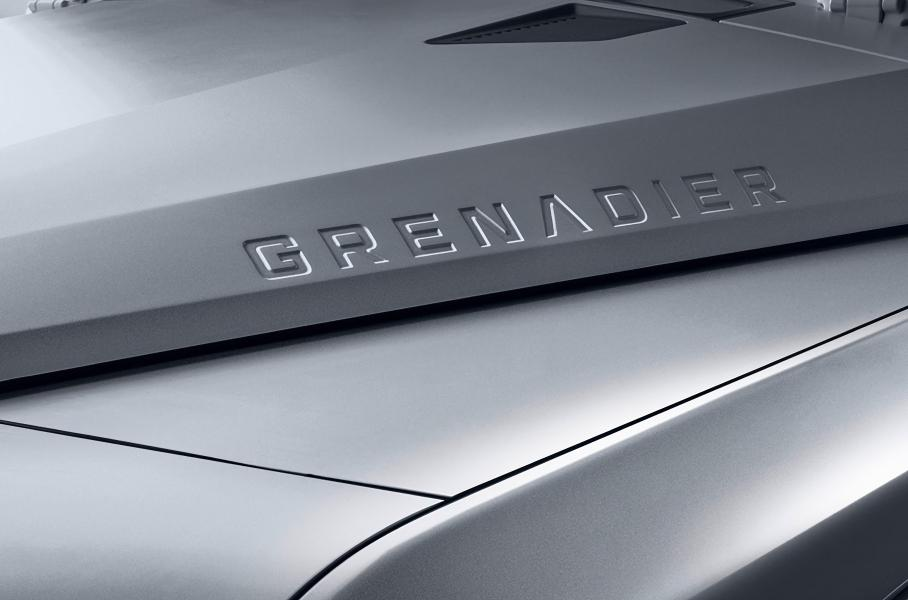 Названа дата дебюта преемника классического Land Rover Defender