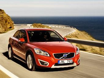 Марка Volvo официально представила обновленный хэтчбек C30