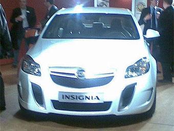 В интернете появилась первая фотография OPC-версии Opel Insignia