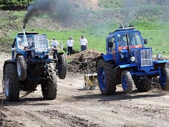 В Ростове-на-Дону состоялись гонки тракторов