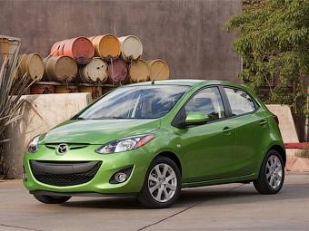Компания Mazda переделала хэтчбек Mazda2 специально для американцев