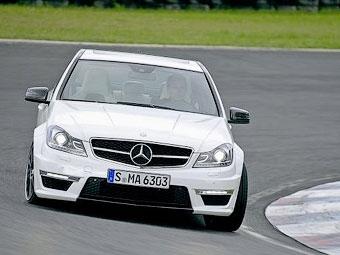 """Компания Mercedes-Benz рассекретила """"заряженный"""" седан С63 AMG"""
