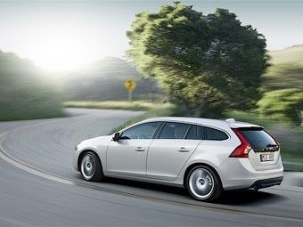 Компания Volvo представила и переименовала универсал на базе S60