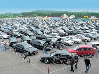 За месяц продажи иномарок в России упали на 15 процентов