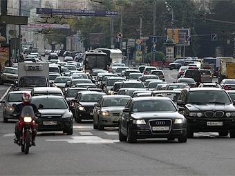 Госдума одобрила повышение транспортного налога в два раза