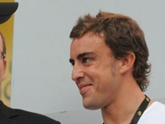 Фернандо Алонсо опроверг слухи о контракте с Ferrari