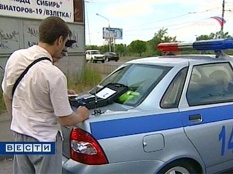 Новый регламент ГИБДД научит гаишников общаться с водителями