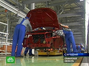 """""""АвтоВАЗ"""" получит 90 миллиардов на создание новых моделей"""
