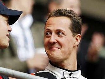 """Mercedes предложит Шумахеру семь миллионов евро за возвращение в """"Формулу-1"""""""