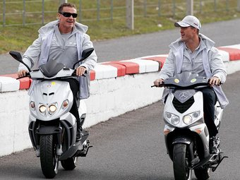 Култхард и Шумахер продолжат выступать в DTM