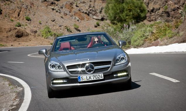 Первый тест-драйв купе-кабриолета Mercedes-Benz SLK. Фото 8