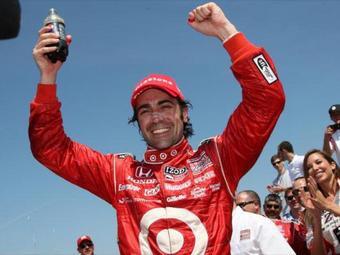 Дарио Франкитти выиграл первую гонку нового сезона INDYCAR