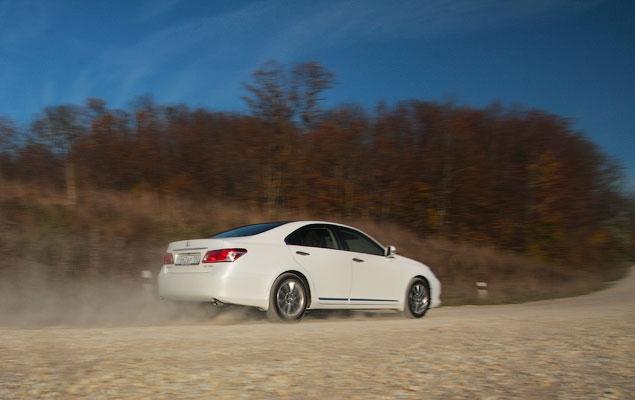 Тест-драйв нового Lexus ES 350. Фото 2