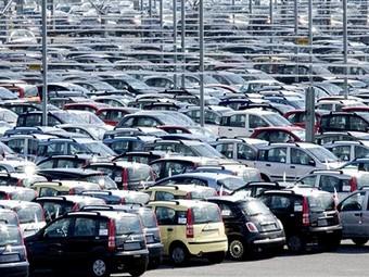 За год продажи автомобилей в России выросли на треть