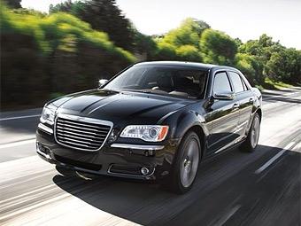 Фотографии нового седана Chrysler попали в сеть за месяц до премьеры