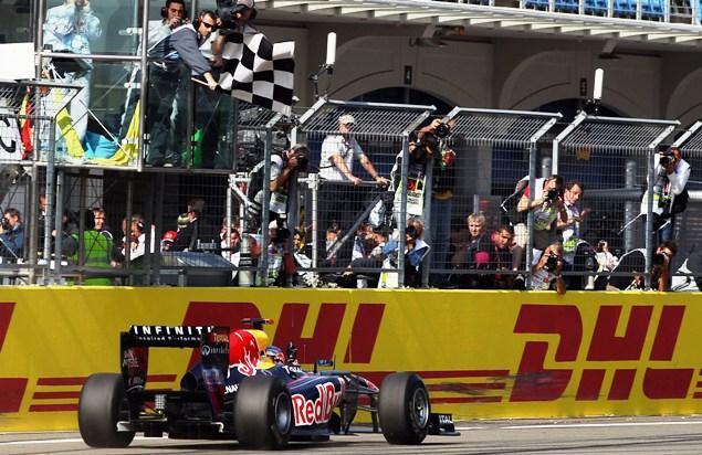 Гран-при Турции закончился очередной победой Феттеля. Фото 6