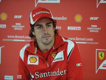 Алонсо опередил соперников на дождевой тренировке Гран-при Турции