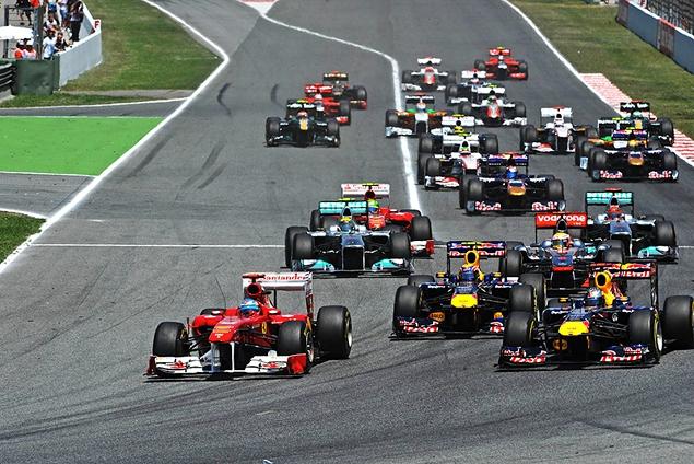Феттель едва не упустил победу в Гран-при Испании. Фото 1
