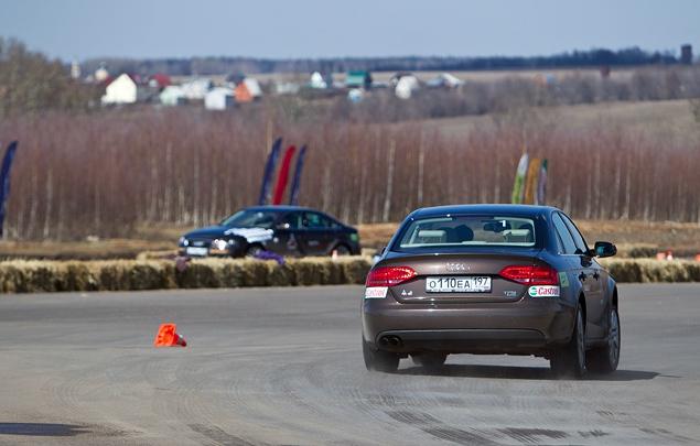 Учимся спортивному вождению в школе Audi. Фото 2