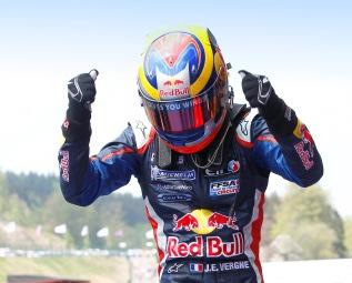 Вернь одержал победу во второй гонке Формулы-Renault 3.5 в Бельгии