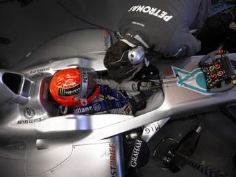 Болиды команды Mercedes GP получили третью педаль