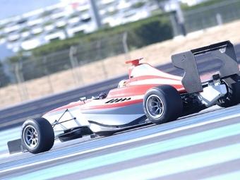 Роман Гросжан провел первые тесты автомобиля GP3 Series