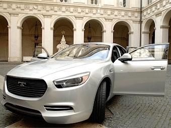 Первую модель возрожденной марки De Tomaso представили официально