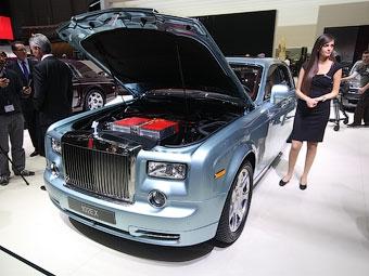 Из лимузина Rolls-Royce Phantom сделали электрокар