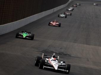 Организаторы IndyCar переименовали чемпионат и изменили техрегламент