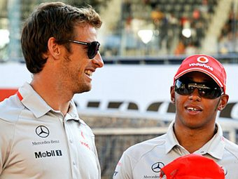Пилоты McLaren предсказали команде отставание от соперников в начале сезона
