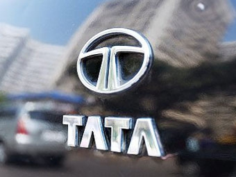 "Tata предложила ""Форду"" около двух миллиардов за Jaguar и Land Rover"