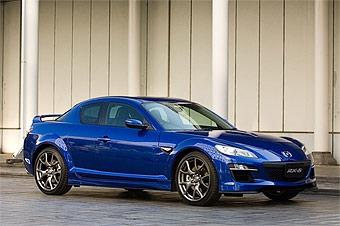 Появились официальные фотографии обновленной Mazda RX-8