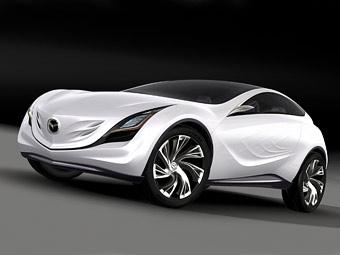 Компания Mazda показала первые фотографии компактного кроссовера