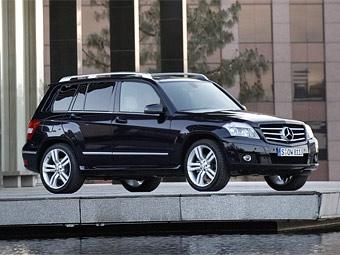 Компания Mercedes-Benz объявила российские цены на кроссовер GLK