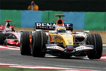Инженеры Renault не смогли разобраться в конструкции болидов McLaren