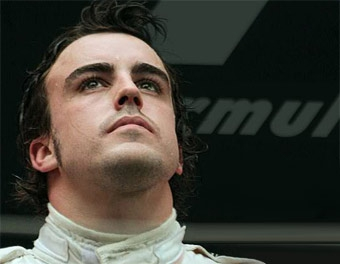 Алонсо вернется за руль болида Renault уже в январе