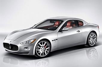 Появились официальные фотографии нового купе Maserati