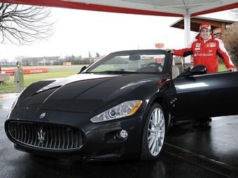 Фернандо Алонсо стал одним из первых обладателей Maserati GranCabrio