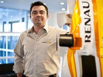 На место в Renault F1 претендуют пять гонщиков
