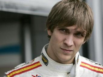 Виталий Петров стал претендентом на место в Renault F1