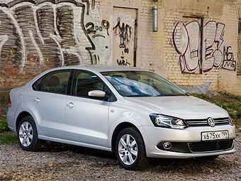 """Очередь за """"народным седаном"""" Volkswagen растянулась на год"""
