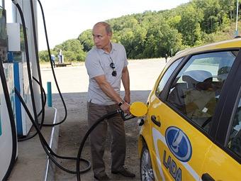 Владимир Путин предложил повысить пошлины на иномарки