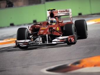 Фернандо Алонсо выиграл ночную гонку в Сингапуре