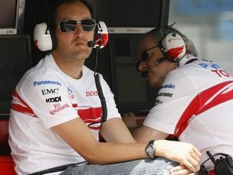 Радиопереговоры гонщиков Формулы-1 откроют телезрителям