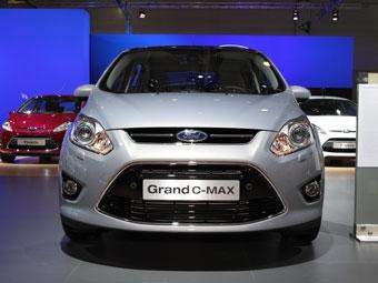 Состоялась премьера семиместного компактвэна Ford Grand C-Max